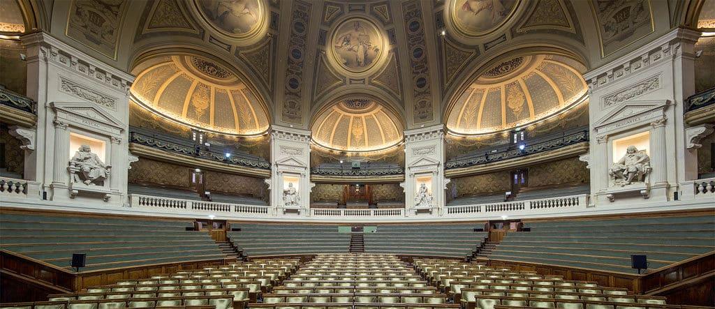 un amphitheatre de l'université paris sorbonne