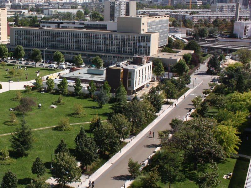 le campus de l'université de nanterre, en proie à l'insécurité