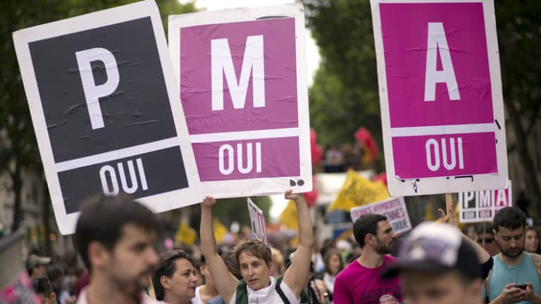 Manifestantes pour la PMA pour toutes le 6 octobre 2019 à Paris