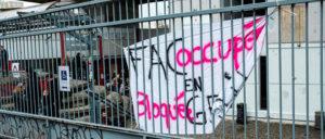 La fameuse Commune libre de Tolbiac n'a pas eu besoin de la répression des Versaillais pour échouer. Ses organisateurs se sont très bien chargés de ridiculiser et prouver l'inutilité de leurs méthodes d'organisation.