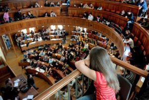 contre la précarisation des étudiants dans l'université française